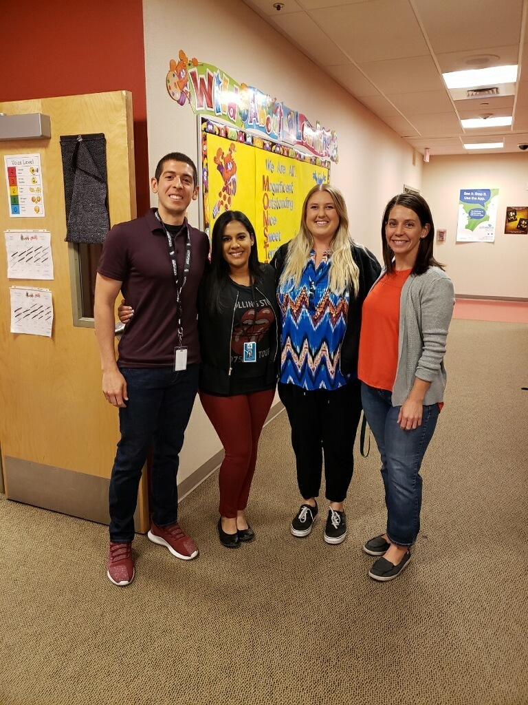 Floyd 5th grade teachers ready to celebrate the school year with their kids