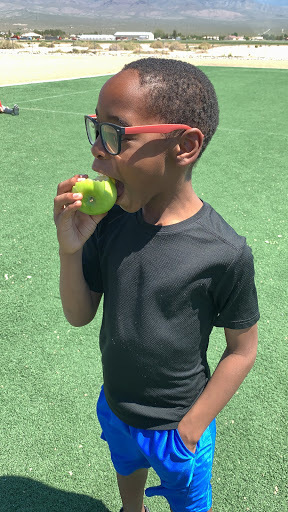Students at Manse try mustard on their apples.